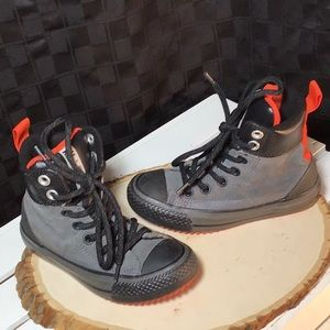 Converse Leather High-tops Chucks size 11